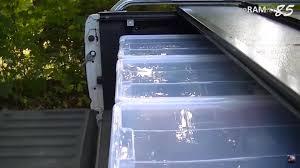 auto mit ladefläche ladefläche aufräumen praktisch einrichten auto anhänger