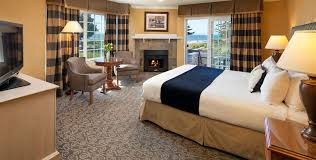 hotels in cambria ca fireside inn on moonstone beach moonstone