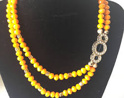 choral and five gold balls beaded necklace