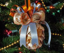 ribbon pine cone shaped ornaments chica and jo