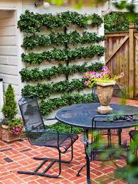 15 patio design tips vertical gardens living walls and the wall
