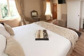 chambres d hotes senlis chambres d hôtes graal à chamant près de chantilly