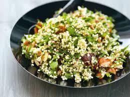 comment cuisiner le quinoa taboulé de quinoa germé aux amandes et aux herbes recettes femme