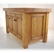 solid wood kitchen islands best 25 solid wood kitchens ideas on solid wood