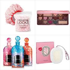 gifts for a woman 25 gorgeous s day beauty gifts every woman will adore