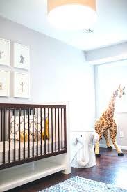 chambre la girafe chambre bebe deco dacco chambre bacbac avec peluche girafe photo