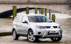 mitsubishi warrior 2010 mitsubishi outlander warrior wallpapers and images wallpapers