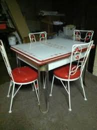 50 s kitchen table and chairs 50 s table and very cool chairs fifties vintage kitchen