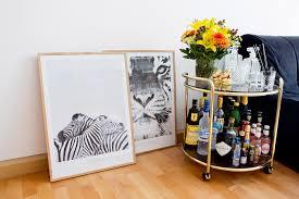 Suche Wohnzimmer Bar English News From The Living Room Safari Poster Bar Cart