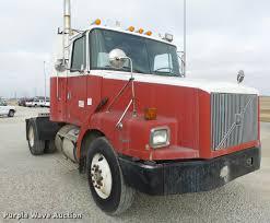 volvo gm heavy truck corporation 1996 volvo wg semi truck item da3268 sold august 10 tru