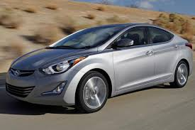 reviews on hyundai elantra 2014 2014 toyota corolla vs 2014 hyundai elantra which is better