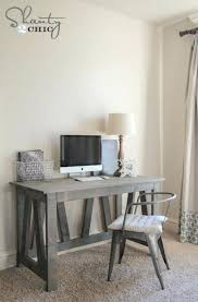 Diy Simple Desk Diy Simple Desk Free Woodworking Plans Desk Cheap Easy Standing