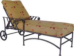 Cast Aluminum Lounge Chairs Castelle Outdoor Chaise Lounges Patioliving