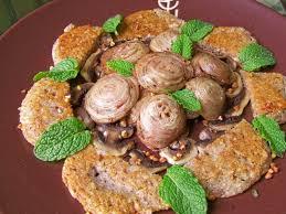 cuisiner l andouillette galettes au sarrasin noisettes andouille grillée et carpaccio