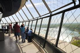Skylon Tower Revolving Dining Room Niagara Falls More To See Than Just The Fabulous Falls Travelub