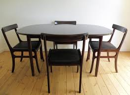 Round Expandable Dining Room Table Round Expanding Table Expandable Dinner Table Table Is Easy To