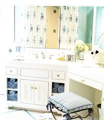 Towel Storage For Bathroom by 12 Best Towel Storage Images On Pinterest Bathroom Ideas
