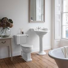 Country Style Bathroom Designs Best 10 Navy Bathroom Ideas On Pinterest Navy Bathroom Decor