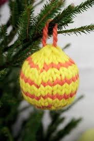 how to knit christmas baubles watg blog