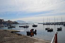 torre greco porto scorcio porto foto di porto di torre greco torre