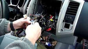 100 toyota hilux audio wiring diagram toyota hilux 2012
