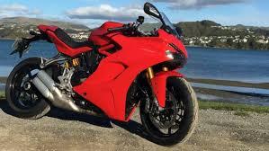 s stuff ducati supersports s resurrects the road sportsbike stuff co nz