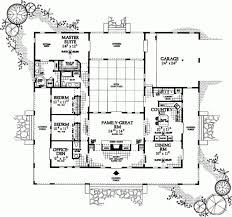 Great House Floor Plans Best 25 U Shaped House Plans Ideas On Pinterest U Shaped Houses
