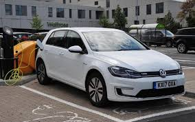 golf car volkswagen volkswagen e golf review is the battery golf our current favourite