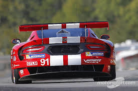dodge viper race car dodge killed the srt viper racing program