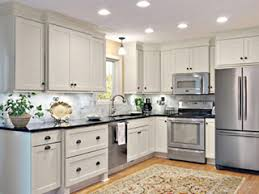 Staggered Cabinets Kitchen Cabinets Design Ideas