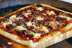 cuisine catalane recettes recette de pizza à la catalane poivrons moules chorizo