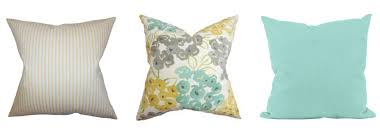 Throw Pillows by 3 Ways To Mix And Match Throw Pillows Just A And Her Blog