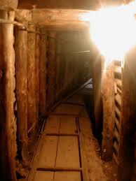 si e de sarajevo tunnel di sarajevo