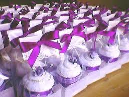wedding souvenirs keepsak es nook wedding souvenirs towel cupcakes