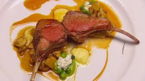 cuisiner un carré d agneau carré d agneau masterchef australie casa