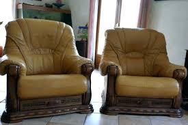 canape cuir et bois canape cuir et bois rustique canape cuir et bois canapacs dangle