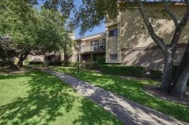 One Bedroom Apartments San Antonio San Antonio Tx Apartments For Rent Seville Apartment Homes