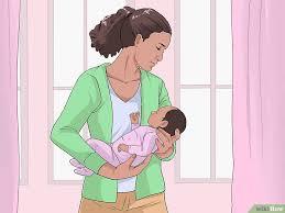 position siege bebe ventre comment tenir un bébé 10 é avec des photos