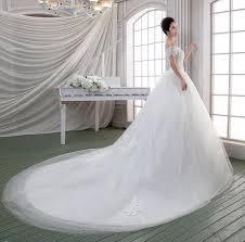 wedding dresses with long trains nice getswedding