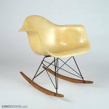 chaise à bascule eames où acheter une chaise eames au meilleur prix