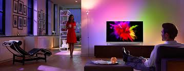 philips design fernseher philips tv launches the world s only oled 4k tv with ambilight
