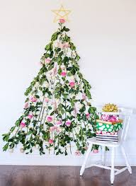 Christmas Decorations Wholesale Perth by Floral Christmas Tree Trend Fun And Festive Tesselaar Flowers