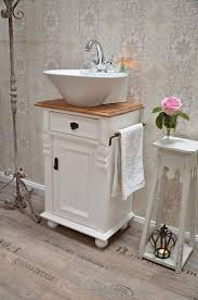 shabby chic bathroom vanities best 20 bad waschtisch ideas on pinterest toiletten spiegel