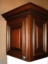 kitchen cabinets with crown molding kitchen cabinet molding and trim kitchen cabinet crown molding and