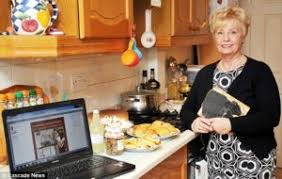 Seeking Commercial Hunt S Chili Commercial Seeking Seniors Paid Modeling