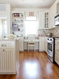 78 best decorating with hardwood laminate flooring images on