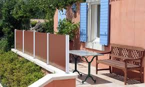 balkon sichtschutz aus glas windschutzlösungen aus glas