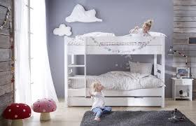 chambre garçon lit superposé créer de la déco pour habiller les murs de la chambre alfred et