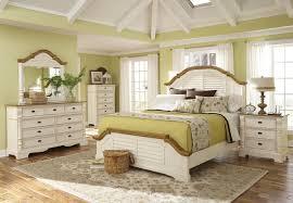 Bedroom Furniture Naples Fl by White Furniture Decorating Ideas Bedroom For S Snsm155com Modern