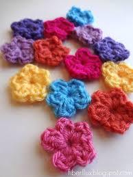Tiny Flower Crochet Pattern - 357 best crochet flowers images on pinterest crocheted flowers